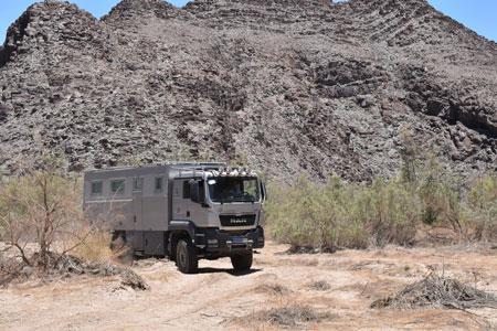 Test drives with 4x4 motor home