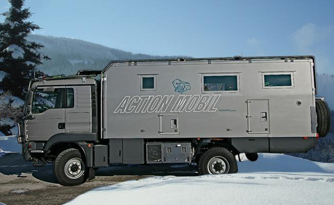 Long-haul motor home Ashanti